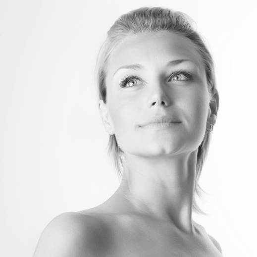 Face Lift and Neck Lift Surgery in Cardiff